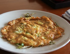 Bean Sprouts Omelette