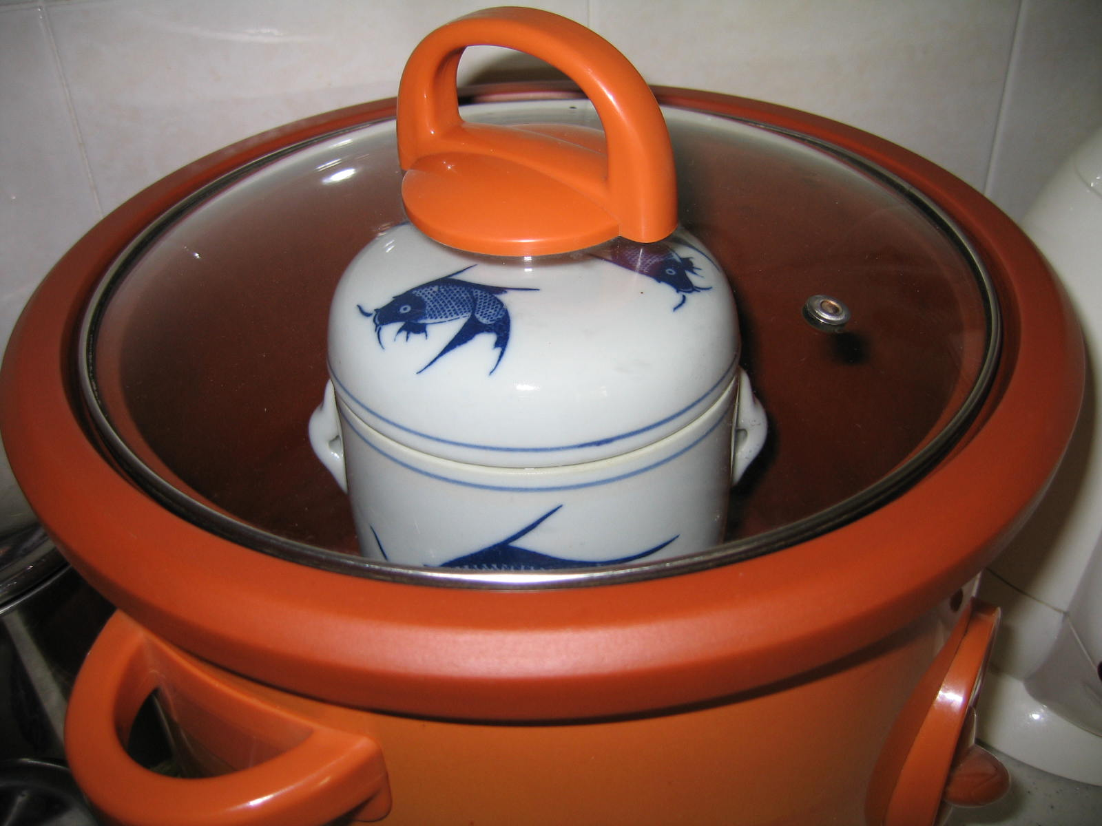 ceramic jar in a slow cooker